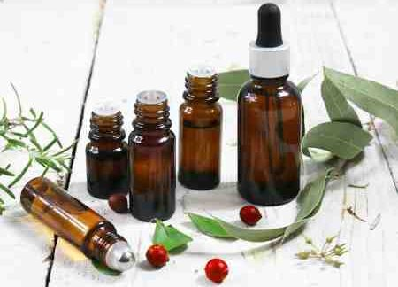 Comment utiliser l'huile essentielle de ravintsara contre le rhume ?