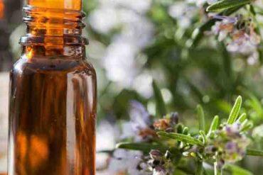 Quelle huile essentielle pour Bouton visage ?